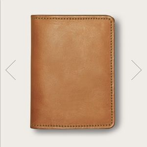 Filson bridal leather passport and card case